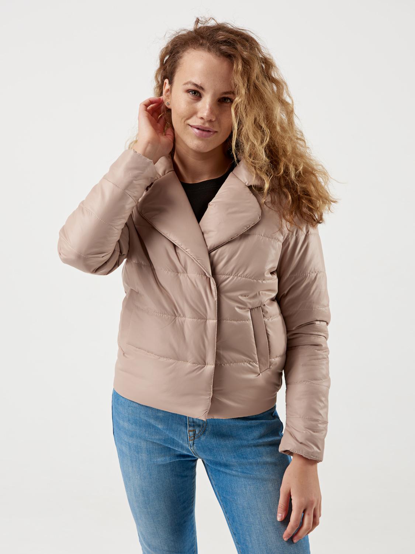 Жіноча весняна куртка