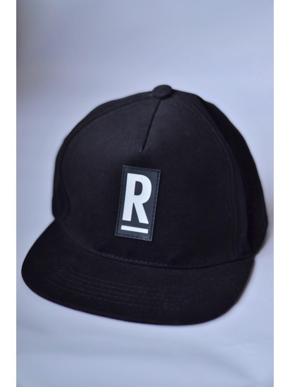 Чоловіча бейсболка в чорном кольорі R